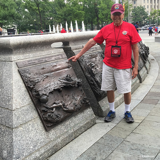 Munitions plaque – Dad's department